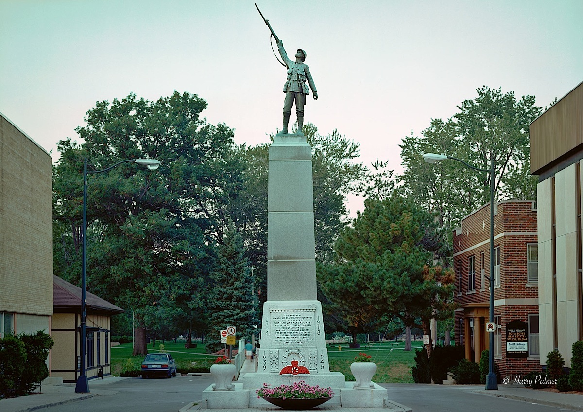 Chatham (ON) Canada  City new picture : war memorial chatham on 1990 order war memorial chatham on 1990 8 5x11 ...